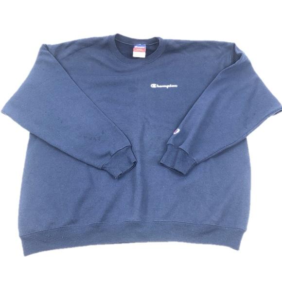 da1f7fe61717 Champion Other - 🌟3/$25🌟 Vintage Champion Sweatshirt
